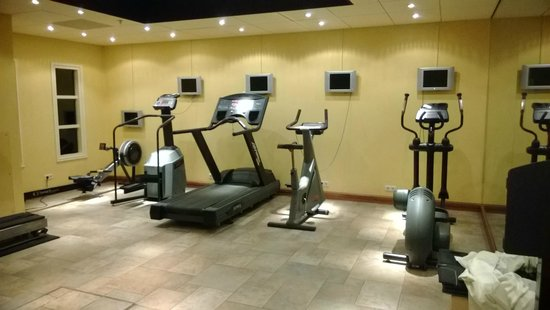 Grand Hotel Huis Ter Duin: The gym (2)