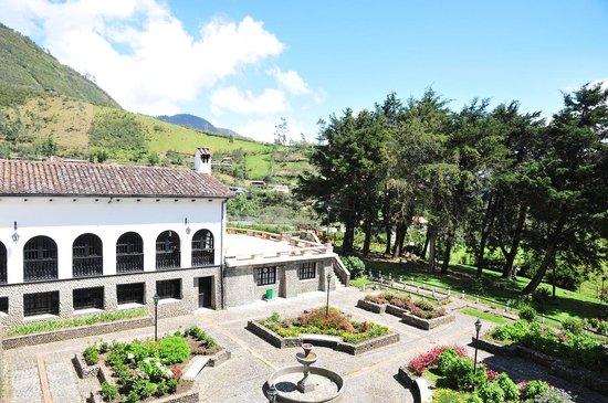 Hosteria Coconuco: back view