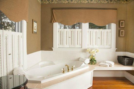 Glynn House Inn : Roosevelt Luxury Suite