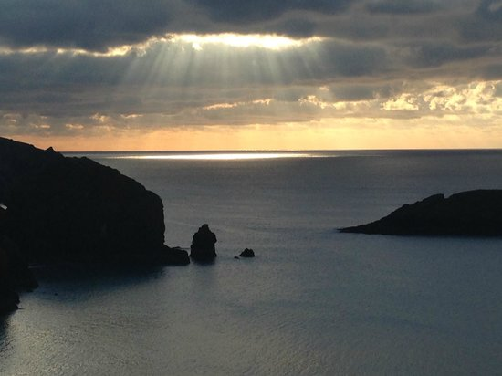 SUNSET VIEW FROM MULLION COVE HOTEL