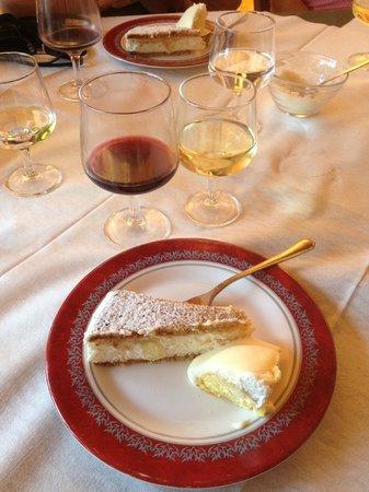 Pleasant Travel - Day Tours: 'Grandmothers Cake'....UHHHHHMAZING!!!