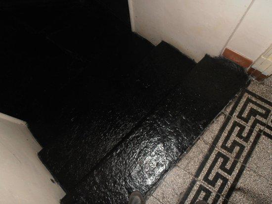 Dogana Vecchia : scalini per raggiungere la camera