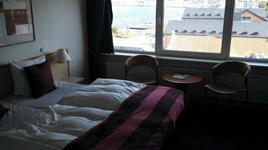 Radisson Blu Limfjord Hotel, Aalborg: West wing room