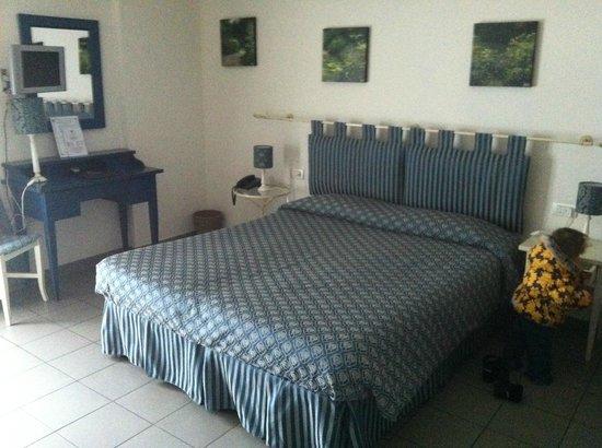 Quadra Key Residence : Кровать