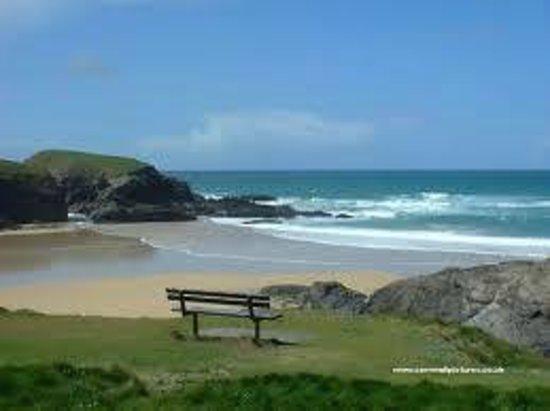 YHA Treyarnon: Beach view