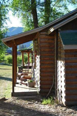 Spotted Horse Ranch : Cabin