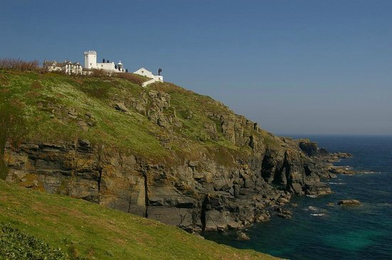 YHA Lizard Point: View from the cliff top
