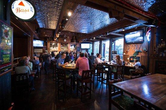 Pappy McGregor's Pub : Main Bar