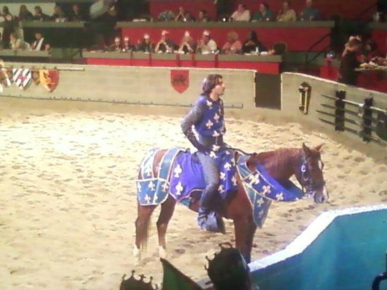 Medieval Times: THE BLUE KNIGHT