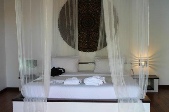 Saboey Resort and Villas: bedroom in beach villa 1
