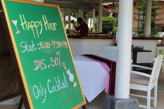 Saboey Resort and Villas: Bar