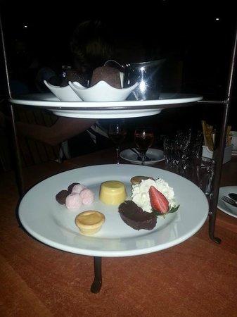 Danny's Restaurant: Dessert Taste Plate for Two