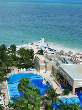 Hotel Riu Caribe: View from room 953