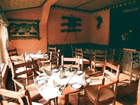 Rumipamba de las Rosas : Dining Room