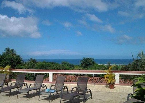 Best Western Tamarindo Vista Villas: View from Vista Villas pool area