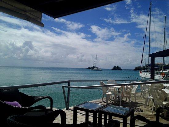 True Blue Bay Boutique Resort: Dodgy Dock