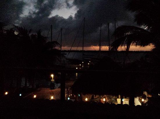 El Milagro Beach Hotel and Marina : lights