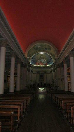 Catedral Sagrado Corazon: La nave