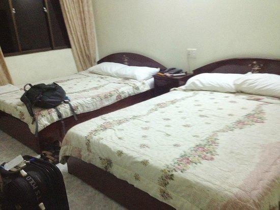 Phu Quy Hotel: Room