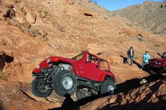 Las Vegas Rock Crawlers : Great photo ops at Logandale