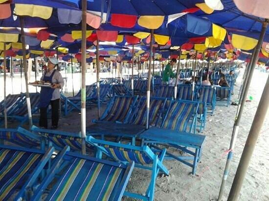 Chonburi, Thailandia: เตียงผ้าใบ ค่ะ