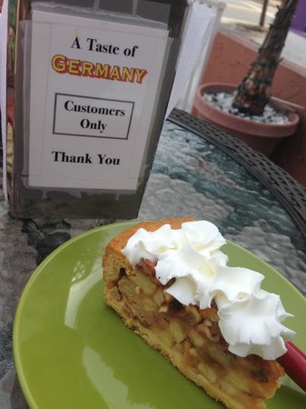 A Taste of Germany : German apple pie