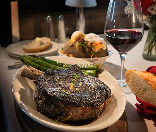 Las Brisas Southwest Steakhouse: Bone-In Ribeye
