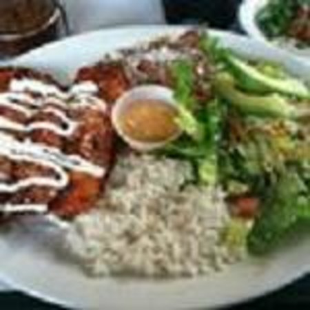 Mitzil Mexican Bakery & Deli: Red Enchiladas