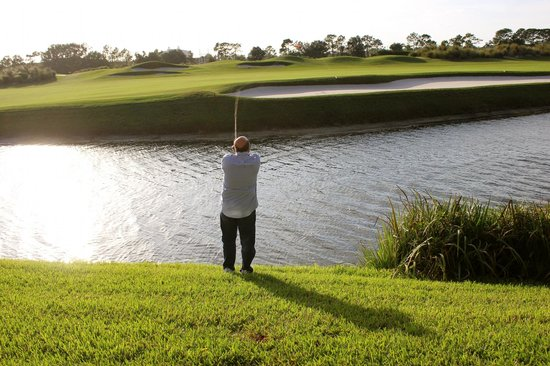 Villas of Grand Cypress : Fishing - yes he caught one.