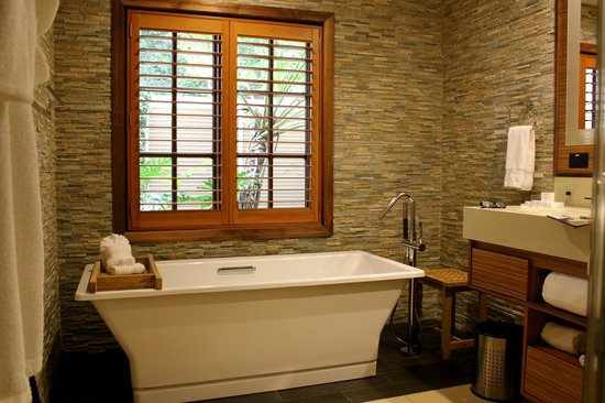 Villas of Grand Cypress : Grand bathtub