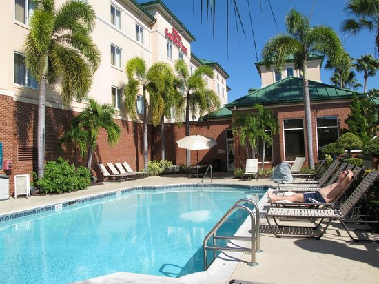 Hilton Garden Inn Tampa Ybor Historic District: Pool area