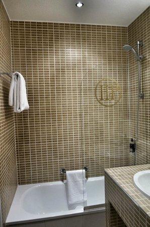 Hotel de la Poste: Banheiro
