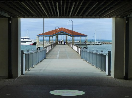 Bee Gees Way : Redcliffe Jetty