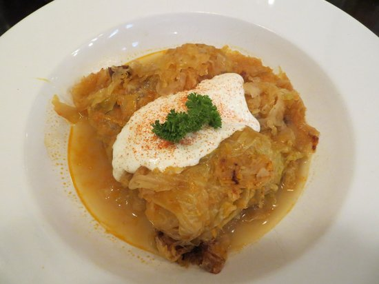 Spinoza Cafe : Stuffed cabbage - should have been better