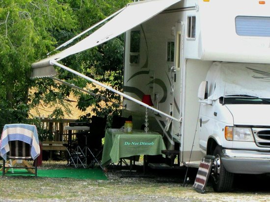 Young S Lakeshore Rv Resort Campground Reviews Hot