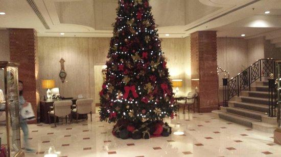 L'Hotel PortoBay Sao Paulo: recepção. bom gosto, elegancia..... sabem o que é luxo