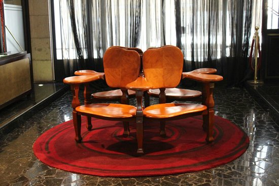 Hotel Casa Fuster: ガウディの椅子
