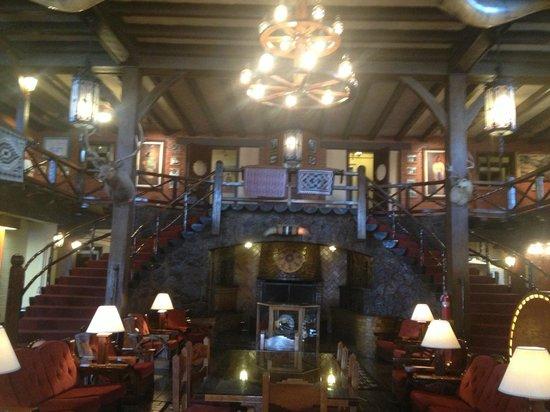 El Rancho Hotel & Motel: Lobby
