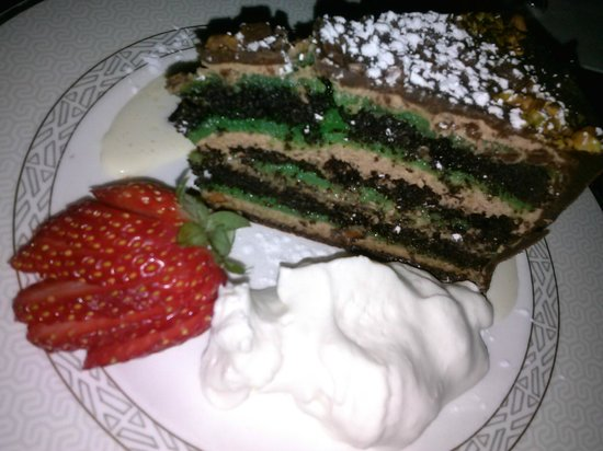 Vienna Restaurant & Historic Inn: torte