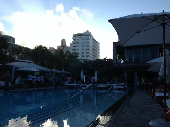 SLS South Beach : VIP pool area