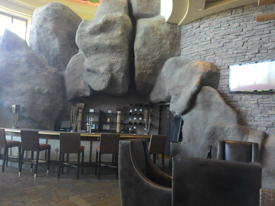 Sheraton Grand at Wild Horse Pass: Lobby Bar