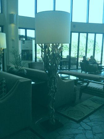 Sheraton Grand at Wild Horse Pass: Lounge area for guests