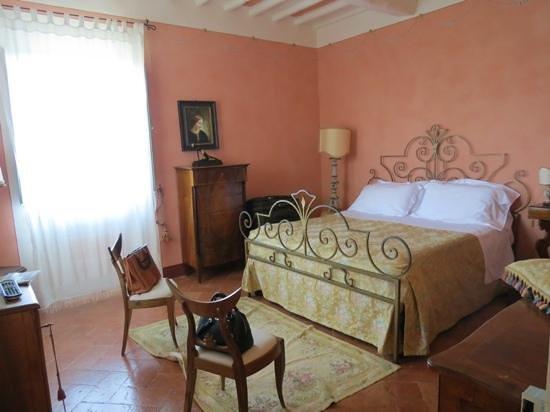 Villa Cicolina: our amazing room