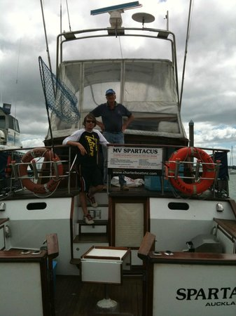 Charter Boats NZ: Captain Pat & Chief Deckie Sean