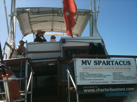 Charter Boats NZ: MV Spartacus, Old School Classic Luxury Cruising