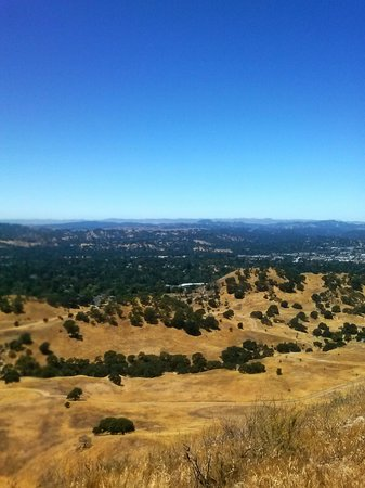 Black Diamond Mines Regional Preserve: view of the hills overlooking the marina