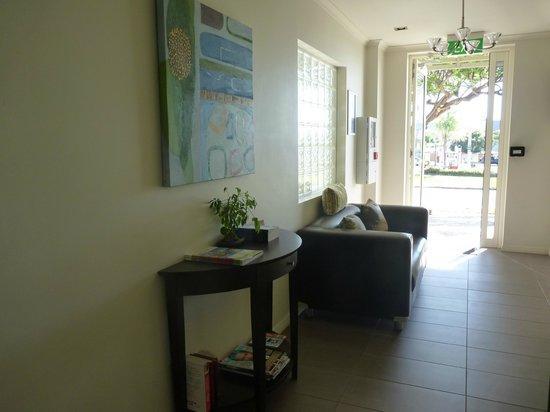 Redcliffe Motor Inn: Reception Area