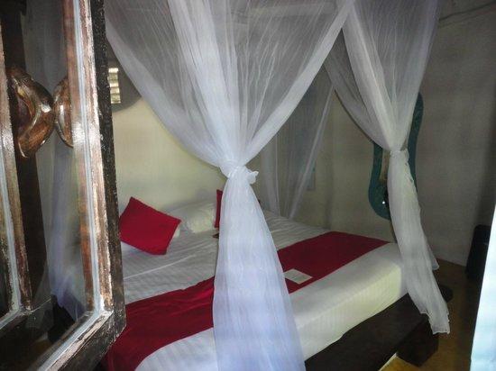 La Zebra Colibri Boutique Hotel: Beed in Bungaloo