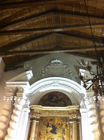 Chiesa di Santa Caterina: la chiesa al suo interno