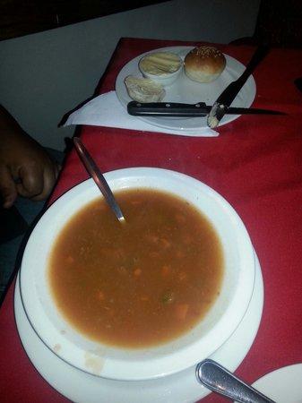 Marlin Restaurant : Minestrone Soup & mini rolls with butter K30